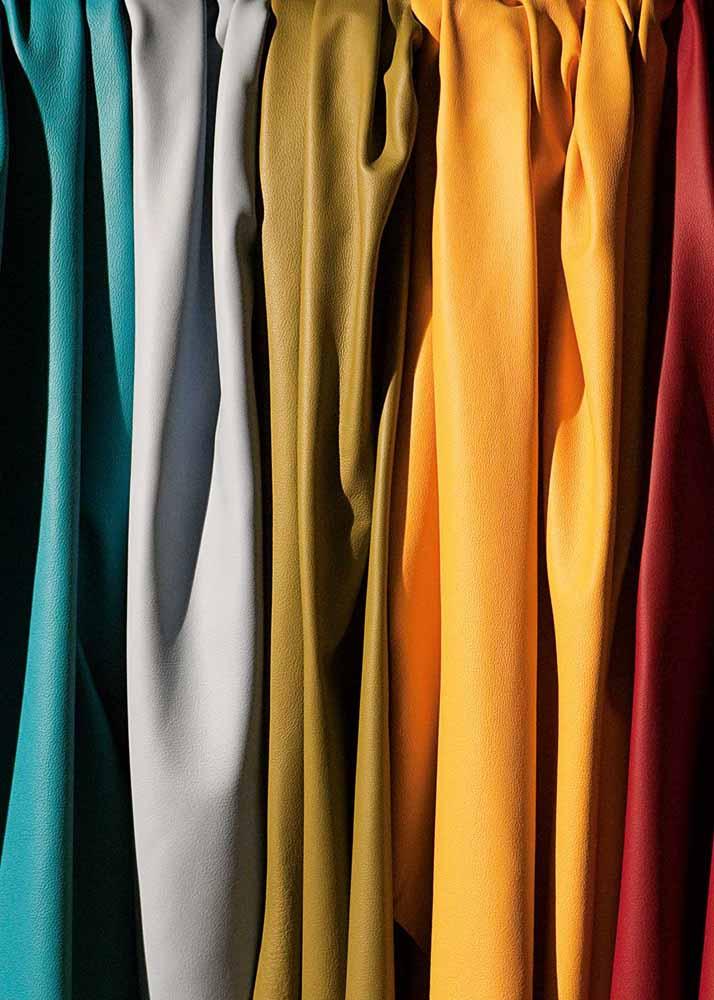Dunne leren lappen, huiden in diverse kleuren